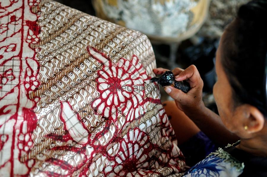 Harga Batik Modern yang Perlu Anda Tahu